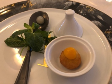 Gelatina Mango sale maldon - bon bon foie gras carota