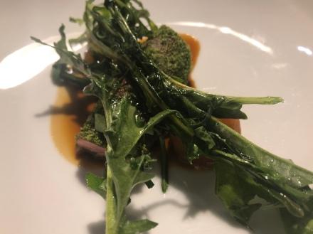Agnello, aglio orsino, tarassaco e salsa 'nduja
